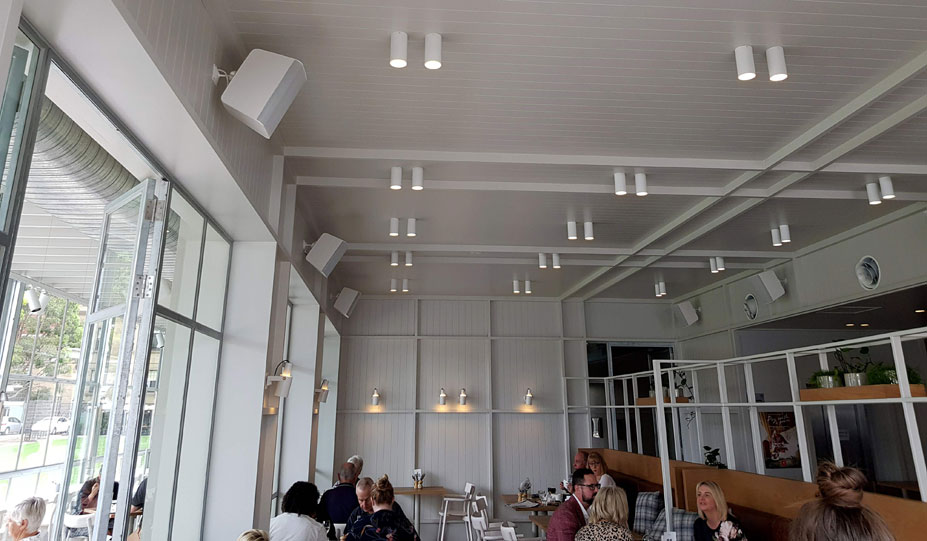 The resturant areas are well covered with MX series architectural audio.